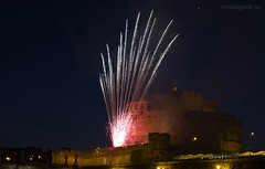 "Castel Sant'Angelo, fuochi d'artificio • <a style=""font-size:0.8em;"" href=""http://www.flickr.com/photos/89679026@N00/7471679728/"" target=""_blank"">View on Flickr</a>"
