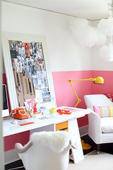 Pinky home office (Muriel Alvarez) Tags: pink creativity paint desk homeoffice homedecor idéesdéco blogdéco
