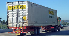 Cargo Container Hauler (Photo Nut 2011) Tags: california truck freeway hauler intermodal cargocontainer jbhunt 264909