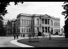 (Joerg_M) Tags: bw turkey nikon istanbul palace sultan dolmabahçe sarayı d3000