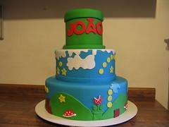 Mario (Confetti & Cupcakes) Tags: cake bar spider cupcakes high mini confetti evento bebê bolo casamento convite festa aniversário chá aranha marmita drika homen monter personalizados novaes gostosos decorados