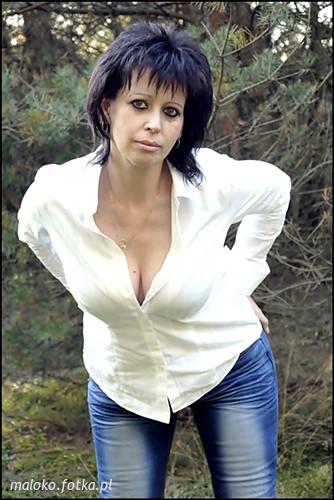 Chelsea Halfpenny Nude Photos
