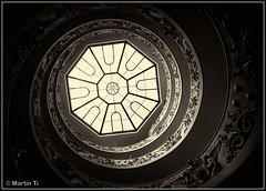 Looking up.... (Martin Ti) Tags: italy rome roma stairs lookingup staircase trap paus museivaticani vaticaan hothothot trappenhuis vaticanstairs onmywayout canonefs1022mm13545usm anticando canon7d mygearandme summer2012