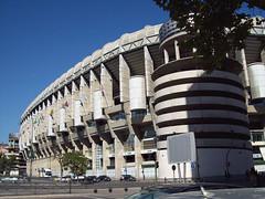 Estadio Santiago Bernabéu 04 (antoniobraza) Tags: madrid españa spain stadiums 1994 estadios comunidaddemadrid paseodelacastellana spainespaña santiagobernabéustadium estadiosantiagobernabéu westfaçade fachadaoeste
