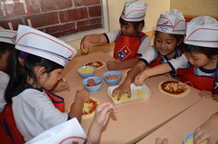 Outing-Class-at-Domino's-Pizza (87)