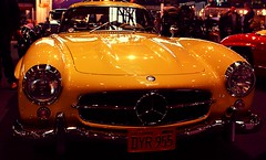 Mercedes 300 SL Gullwing (Andy_BB) Tags: retro classic 2009 oldtimer car vintage mercedes 300 sl gullwing flgetren retroclassic2009 neuemesse stuttgart exhibition mercedesbenz retroclassics retroclassics2009 salon auto coche xioch jdngch qch  voiture  automvil bagnole macchina automobile vehicle  cars   autos coches  300sl retroclassicsstuttgart