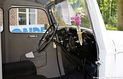 Peugeot 201 M 1937 (XBXG) Tags: auto old france holland classic netherlands car vintage french automobile nederland voiture m frankrijk groeneveld paysbas peugeot 201 1937 ancienne kasteel baarn dagen franse franaise 201m peugeot201 ar9619