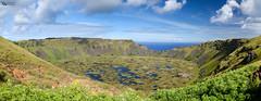 Paisaje Rano Kau (Picardo2009) Tags: chile lake lago volcano crater easterisland rapanui ranokau volcan isladepascua flickraward nikonflickraward flickrtravelaward