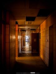 [05|01|2012] Pasillos que hablan (HFZS) Tags: hospital pasillo abandonado pasado losngeles