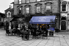 The Cafe on the Square (SteveJ442) Tags: blackandwhite bw building coffee shop architecture buildings blackwhite cafe coffeeshop dorset shops wimborne spotcolor selectivecolor selectivecolour spotcolour wimborneminster