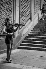 Poised and Ready to Play (CVerwaal) Tags: nyc blackandwhite music usa ny newyork centralpark violins bethesdaterrace sonyrx100iii