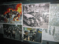 Museum Bank Indonesia : 1997 Riot in Indonesia (ARIAMAN) Tags: people museum indonesia riot war president police conflict economy goverment finance peoplepower inflation monetarycrisis