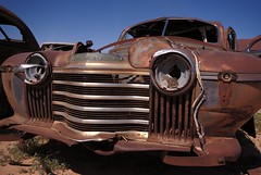 Puffy Cheeks (Mr Perry) Tags: arizona rust grill oxidation 1941 oldsmobile casagrande sigma1020mm autowreckers wreckingyard pentaxk10d dvap desertvalleyautoparts