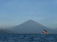 Gunung Agung (lychar1) Tags: bali indonesia temple java indonesie semeru kawaijen