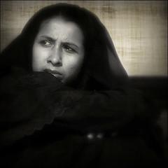 Turn Me On (cisco image ) Tags: portrait india texture girl canon square eyes dia scan occhi cisco soul glance ritratto newdelhi bienne 500x500 presenze soulsound ago98