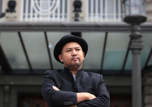 Director Khavn de la Cruz outside the Usher Hall, Edinburgh