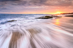 Motion of Seseh (eggysayoga) Tags: sunset motion landscape nikon lima wave tokina 116 uwa ultrawideangle canggu seseh 1116mm pererenan d7000