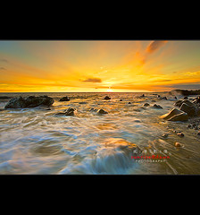 Golden Fangshan ( SUNRISE@DAWN photography) Tags: sunset seascape rock stone landscape gold golden twilight sundown dusk tide taiwan wave boulder   tainancity   pingtung   blackcard    fangshan      taiwanlandscape sunrisedawn  hengchunpeninsula   pintungcounty   gettyimagestaiwanq2   gettytaiwan12q2 gettyimagestaiwan12q3 gettytaiwan12q4 gettytaiwan13q1 gettytaiwan13q2 gettytaiwan13q3 taiwanseascape gettytaiwan14q1
