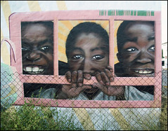 Graffiti en el puerto (Jesus Gordillo) Tags: graffiti cdiz elpuertodesantamaria