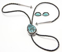 1070. Sterling Silver Bolo Tie and Earrings