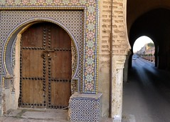 Entrances (halifaxlight) Tags: door car mosaic decoration entrance tunnel morocco tiles avenue padlock meknes theperfectphotographer vanagram