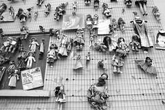 doll's wall (archidream) Tags: woman milan muro love wall female blackwhite donna women dolls respect milano donne amore bambole diritti