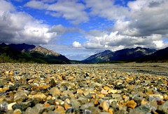 Alaska (ClaDae) Tags: life blue sky naturaleza mountains green nature water rock alaska clouds america landscape scenery view outdoor air ground scene everything scape setting surroundings environs panorma milieu