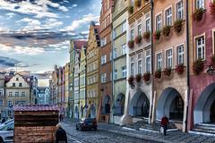 Streets of Hirschberg (*Capture the Moment*) Tags: sun architecture poland polen architektur sonne wetter fassaden hirschberg fronts jeliniagora