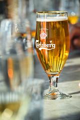 Beer (Maria Eklind) Tags: beer glass bar se hotel dof sweden depthoffield sverige malm brooklynlager consert hotell skybar congresscenter clarionhotel skneln malmlive clarionmalmlive