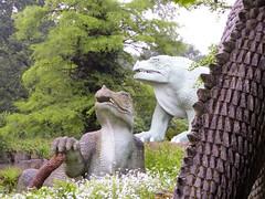 P1030718 (penguinoid) Tags: crystalpalace dinosaurs island