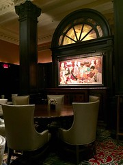 Algonquin Hotel - New York City (trakked) Tags: new york city table hotel round algonquin