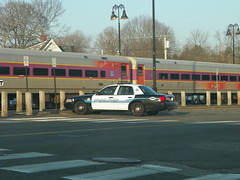 Reading pd (Littlerailroader) Tags: cops publictransportation massachusetts newengland police trains cop mbta lawenforcement locomotives railroads policecars mbcr passengertrains commutertrains fordpolicecars readingpolice readingpd readingmassachusettspolice