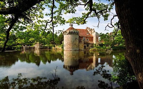 Scotney Castle Landscape Gardens, Kent, England | Romantic castle ruins reflected in moat (11 of 16)