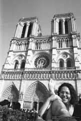 Bare feet at the Notre Dame
