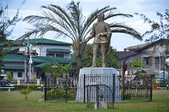 Legazpi (scuba_dooba) Tags: sculpture miguel statue de san fort philippines central el pedro cebu viejo visayas conquistador legazpi lpez adelantado