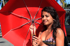 MADAGASCAR Toamasina 2012 7476 (Devimeuxbe) Tags: africa red portrait umbrella project rouge earth theme madagascar parapluie projet tamatave toamasina devimeux