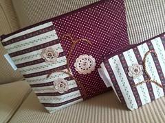 Necessaire bordada (Passamanaria) Tags: handmade crochet artesanato homemade gift viagem patchwork handcraft bordados bordado ateli croch necessaire bolsinhas passamanaria feitoamo costurinhas