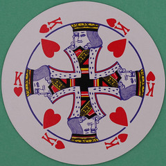 Round Playing Card King of Hearts (Leo Reynolds) Tags: playing canon court hearts eos iso100 king deck card squaredcircle 60mm f80 playingcard carddeck 40d hpexif 0017sec courtcard xleol30x sqset082