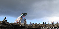 Red Bull Cliff Diving at Inis Mr, Aran Islands (linda_mcnulty) Tags: ireland people west men galway sports rock coast jump divers action crowd dive platform diving cliffs atlantic crew diver extremesports redbull cliffdiving aranislands inishmore seas inismor divingboard inismhor