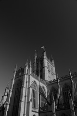 Bath Abbey (2) (Sven Festersen) Tags: england sky blackandwhite bw abbey bath himmel somerset sw polarizer bathabbey polfilter schwarzweis