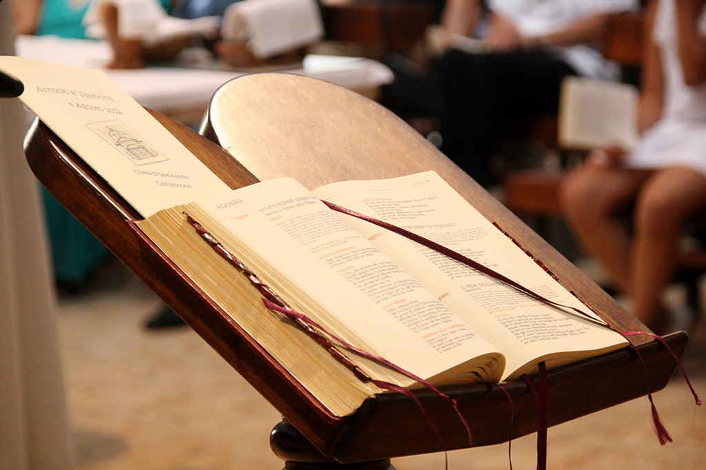 Matrimonio Religioso Biblia : The world s best photos of bible and matrimonio flickr hive mind