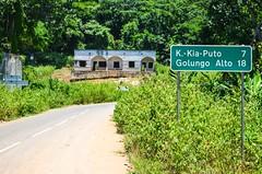 20140213-DSC_9216 (jbdodane) Tags: africa road bicycle sign cycling velo vlo angola cyclotourisme cycletouring day467 cuanzanorte freewheelycom