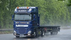 YF16 ELO (panmanstan) Tags: truck wagon yorkshire transport lorry commercial vehicle freight flatbed daf xf haulage a63 everthorpe
