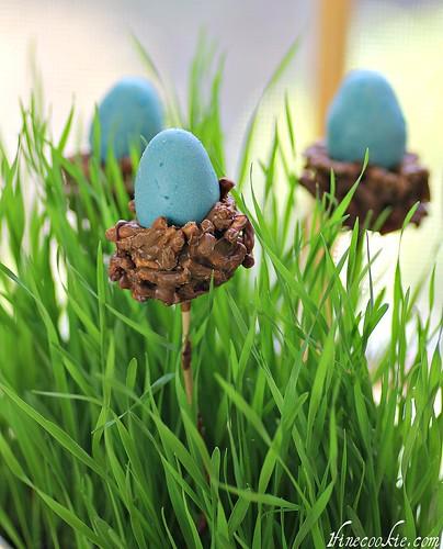 Nesting Egg Cake Pops