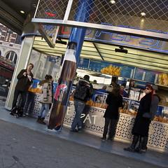 bram ladage, kruisplein (Cybergabi) Tags: square rotterdam fries kruisplein bramladage fastfoodstand