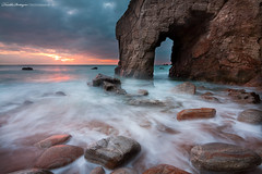 The horn (Descliks2bretagne PHOTOGRAPHIE) Tags: ocean longexposure sunset sea mer seascape france nature rock canon french brittany bretagne breizh filter paysage morbihan hitech rocher couchdesoleil filtre quiberon wildcoast cotesauvage poselongue canonefs1022mmf3545 portblanc nd12 450d descliks2bretagne ledilhuitnicolas