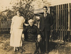May Ashby and Percy Ashby with their mother Janet Campbell Ashby (nee Black) - 1920s (Aussie~mobs) Tags: brisbane vintage janetashby percyashby mayashby mitchell childers aussiemobs