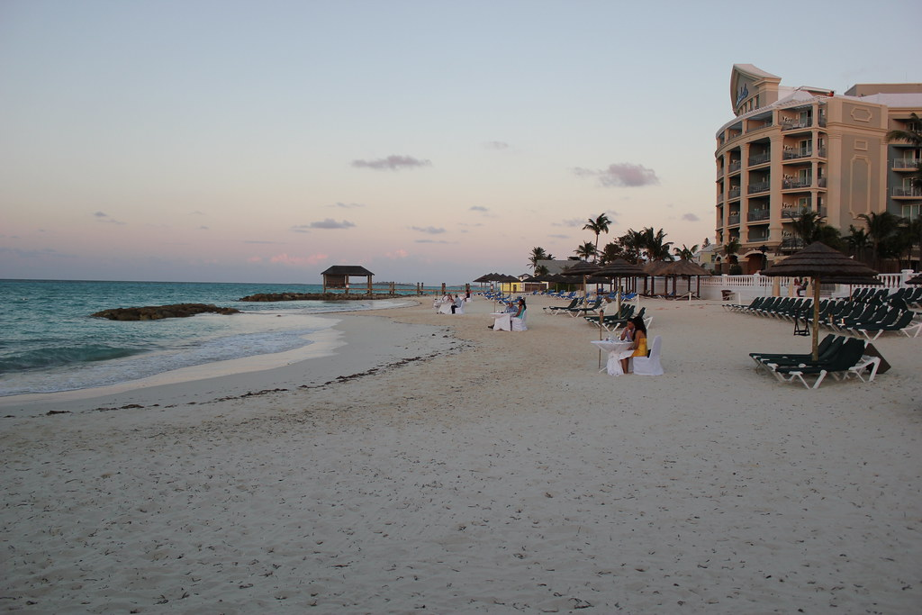 Souper sur la plage - Sandals Royal Bahamian - Nassau, Bahamas