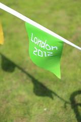 2012 Bunting - Green (cracurs) Tags: green 50mm m42 olympics manualfocus lightroom 50mm18 carlzeissjena primelens pancolar canon450d lightroom3