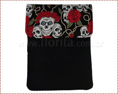 REF. 0181/2012 - Case para Notebook Caveira (.: Florita :.) Tags: notebook caveira netbook ipad caveirinha capanotebook bolsaflorita bolsanotebook caseipad casecaveirinha bolsacasenoteenetbook bolsanetbook casenotebookemtecido caseemtecido
